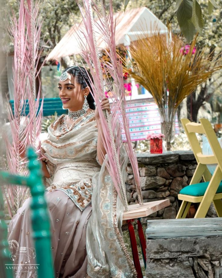 Destination Wedding in Manali: 11 Helpful Tips to Save Money on Your Turn